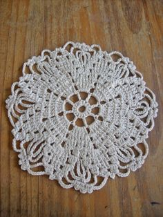 Little doilies  crocheted doilies crochet doily by TejidosCirculos — $8.00 via Etsy