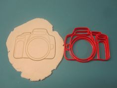 Hey, I found this really awesome Etsy listing at https://www.etsy.com/listing/218488252/camera-cookie-cuttermulti-sizes