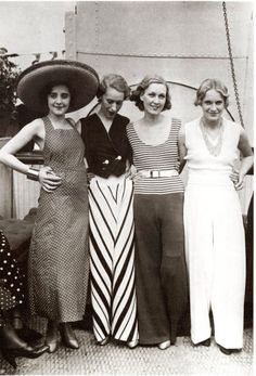 These 50 Vintage Photos of Women in Giant Pants in the 1930s Are Fascinating