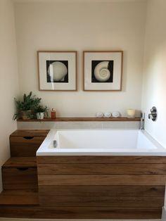 Deep Soaking Whirlpool Bath Tubs Handmade In Somerset Japanese Bath House, Japanese Style Bathroom, Japanese Bathtub, Japanese Soaking Tubs, Tub Shower Combo, Shower Tub, Small Tub, Small Bathroom, Master Bathroom