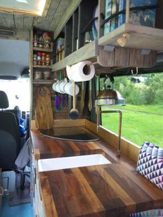 Quirky Campers – Eric – Famous Last Words Camper Caravan, Diy Camper, Camper Life, Camper Ideas, Campervan Hire, Campervan Interior, Van Home, Camper Van Conversion Diy, Diy Rv