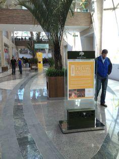 Foto do projeto de Sinalização do Shopping Bosque dos Ipês, Campo Grande, MS. Projeto da CLA Programação Visual