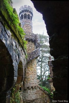 One of the towers of the garden of Quinta da Regaleira. #Sintra, #Portugal.