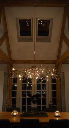 Hanglamp orion hangend aan buis