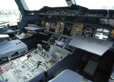Airbus A380 F-WWJB cockpit
