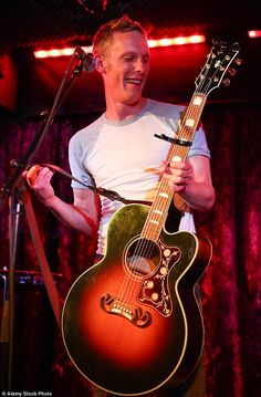 Laurence Fox / Also singer & songwriter / Borderline Concert 2015 Inspector Lewis, Inspector Morse, Laurence Fox, Isle Of Wight Festival, Good Looking Actors, Toby Stephens, Detective Shows, Masterpiece Theater, Cop Show