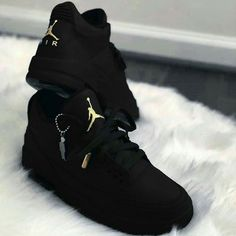 Sneakers Fashion Outfits, Swag Outfits, Mode Outfits, Fashion Shoes, Cute Nike Shoes, Nike Air Shoes, Nike Socks, Jordan Shoes Girls, Girls Shoes