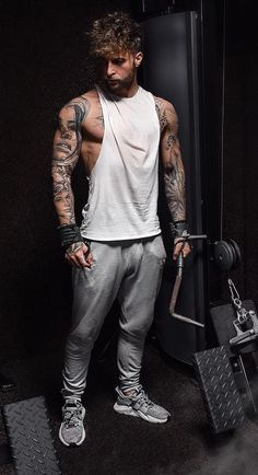 71edc4c4c 39 Best Gym outfit men images in 2019 | Man fashion, Fitness fashion ...