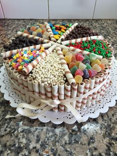 An easy chocolate birthday cake decorated with chocolate biscuits, lollies, marshmallows and chocolates! This really is a chocoholics delight! Torta Candy, Candy Cakes, Cupcake Cakes, Sweet Recipes, Cake Recipes, Dessert Recipes, Cake Decorating Tips, Cookie Decorating, Chocolate Box Cake