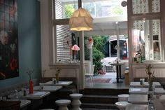 Sid & Liv is de leukste lunchwinkel van Nijmegen. Een heerlijke plek om te lunchen, te high tea-en of een picknickmand te bestellen. Daarnaast kun je alles wat je ziet ook kopen; van meubels tot kopjes. Alles. Leuke sfeer. Heerlijke binnentuin