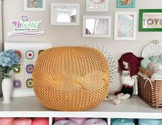 Decorate your home with a knitted pouf😉