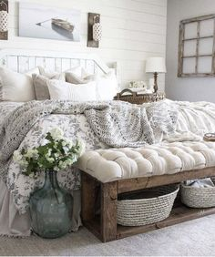 75+ Farmhouse Bedroom Ideas for 2021| Pictures & Design Tips