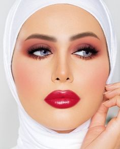 Lovely Eyes, Beautiful Lips, Gorgeous Women, Middle Eastern Makeup, Arabian Makeup, Different Makeup Looks, Muslim Beauty, Actrices Hollywood, Glamour Shots