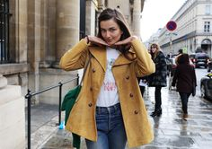 Best Street Style Photos of Paris Fashion Week Fall 2016 || Andreea Diaconu