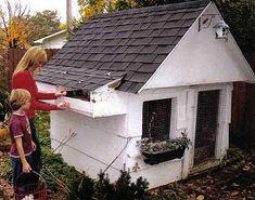 Miniatuur villa voor kippen. Miniature, Shed, Outdoor Structures, Outdoor Decor, Miniatures, Barns, Sheds