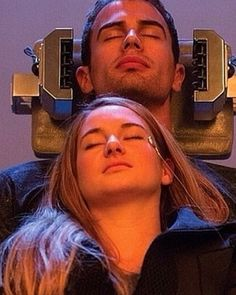 theo james, I wish this were really possible Divergent Memes, Divergent Tris, Divergent Movie Stills, Tris Y Tobias, Divergent Theo James, Divergent Hunger Games, Divergent Poster, Divergent Thinking, Insurgent Quotes