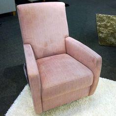 CHAIR OF THE DAY Malli: Domino keinutuoli | Model: Domino rocking chair Kangas / Fabric: Lauritzon's Style 16 #pohjanmaan #pohjanmaankaluste #käsintehty
