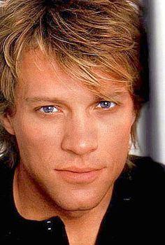 Jon Bon Jovi---have to say I never cared much for his music---but love him for his humanity and work in New Orleans Jon Bon Jovi, Bon Jovi 80s, Aubrey Plaza, Diane Lane, Chris Evans, Gorgeous Men, Beautiful People, Hello Gorgeous, Bon Jovi Always