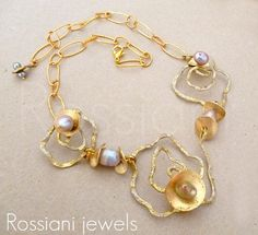AtoMik RoSe necklace - Rossiani jewels handmade jewels made in in Italy Hammered emameled brass with Akoya pearls and silver plated chain