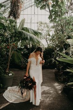 The Allen Gardens Greenhouse in Toronto has a similar architectural grenhouse vibe, it's perfect for winter weddings in Toronto! A forest wedding in Berkley, CA by From the Daisies Nyc Wedding Venues, Colorado Wedding Venues, Wedding Reception, Whimsical Wedding Inspiration, Elopement Inspiration, Elopement Ideas, Wedding Photography Tips, Wedding Photography Inspiration, Photography Ideas