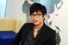 Five Fun Facts About Daniel Choi More: http://www.kpopstarz.com/articles/46871/20131025/five-fun-facts-about-daniel-choi.htm
