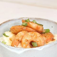 Easy Shrimp and Grits Bowl