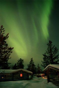 Northern Lights (Aurora Borealis), Hotel Kakslauttanen, Saariselka (Lapland), Finland