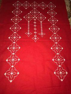 Alıntı Bargello, Prayer Rug, Elsa, Diy And Crafts, Cross Stitch, Rugs, Wallpaper, Artwork, Jewelry