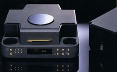Mc Intosh, Cd Player, At Home Movie Theater, Audio Equipment, Audiophile, Vinyl, Cello, Turntable, Music Instruments