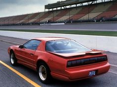 Pontiac Firebird Trans Am GTA (1990).