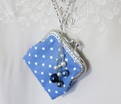 Sewing a Charming Mini Purse with a Clasp, фото № 1 Coin Purse Pattern, Coin Purse Tutorial, Pouch Pattern, Diy Fabric Purses, Diy Bags Purses, Purses And Handbags, Bag Patterns To Sew, Sewing Patterns, Small Coin Purse