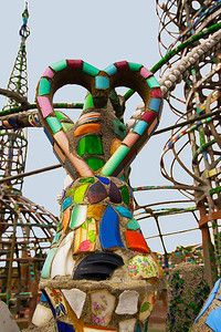 Off the beaten path Los Angeles: The Watts Towers Watts Towers, Roadside Attractions, Outsider Art, New Toys, 4 Life, Travel Style, Mosaics, The Outsiders, Road Trip