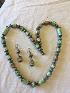 Paper beads necklace and earrings set