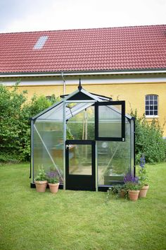 Juliana Compact Greenhouse with polycarbonate glazing & stable door