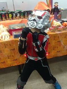 DIY ant-man costume Diy Costumes, Halloween Costumes, Halloween 2018, Wasp, Ants, Marvel Comics, Projects To Try, Crafty, Superhero
