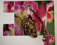 Brooch, Jewelry, Fashion, Hair Colors, Brooch Pin, Jewlery, Moda, Jewels, La Mode