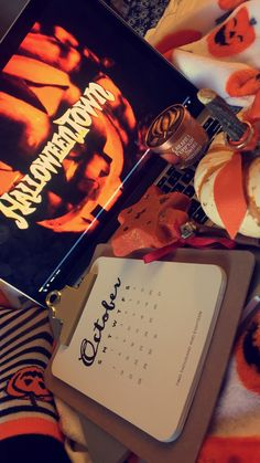 20 year old Canadian gal who loves everything Autumn related! Halloween Chic, Halloween Season, Happy Halloween, Halloween Kitchen, Halloween 2020, Halloween Stuff, Fall Inspiration, Autumn Aesthetic, Book Aesthetic