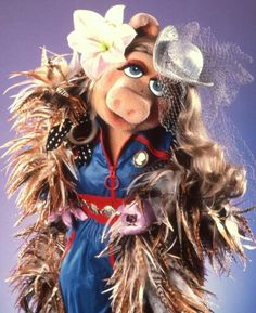 Miss Piggy in feathers