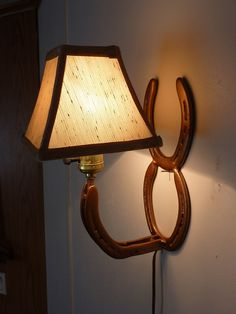 horseshoe lamp-looks like an interesting project for my husband!