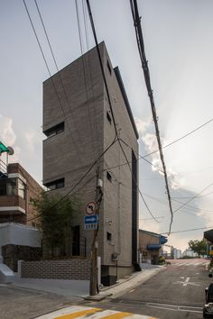Micro Housing K, Seoul : Architects Building A House, Multi Story Building, Brick Siding, Siding Materials, Micro House, Modern Exterior, Metal Roof, Interior Architecture, Facade