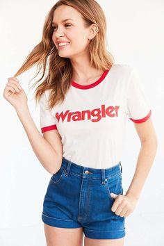 Image of Urban Outfitters x Wrangler Australia 復古聯乘系列,好想和好朋友夏天這樣穿!