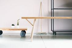 Hakolan jokainen  Woody -pöytä tehdään käsin mittatilaustyönä Jurvassa, suunnittelija: Annaleena Hämäläinen #habitare2015 #design #sisustus #messut #helsinki #messukeskus