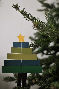 paper christmas tree ornament tutorial