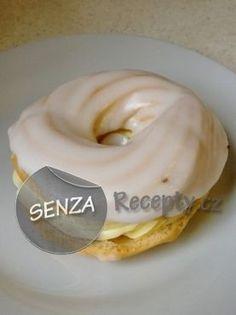Pravé žloutkové věnečky Czech Desserts, Sweet Desserts, Dutch Oven Cooking, Czech Recipes, French Pastries, Confectionery, Carrot Cake, Recipe Box, Finger Foods