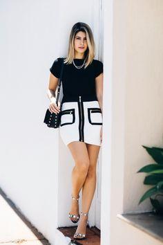 Look preto e branco da Carol Tognon, perfeito para quando quer estar básica mas não muito.