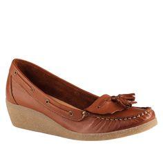 RENNEE - women's wedge boat shoe - super cute for fall!