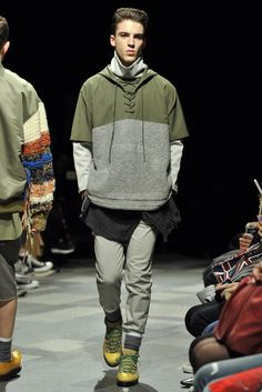 Discovered Tokyo Fall 2016 Fashion Show