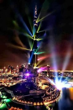 Light Show Burj Khalifa, Dubai ~ Blogger Pixz
