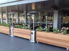 Expertly crafted timber planter boxes & raised garden beds for balconies, decks, courtyards, gardens and cafés.