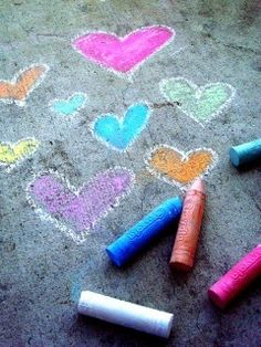 Dani Seewald: Fotos fofas e inspiradoras! on We Heart It, Looking for a new proven fact that everyone in your loved ones will relish doing together outside? We Heart It, Colored Chalk, Sidewalk Chalk Art, Chalk It Up, Time Kids, Chalk Drawings, Love Symbols, Chalkboard Art, Beautiful Artwork